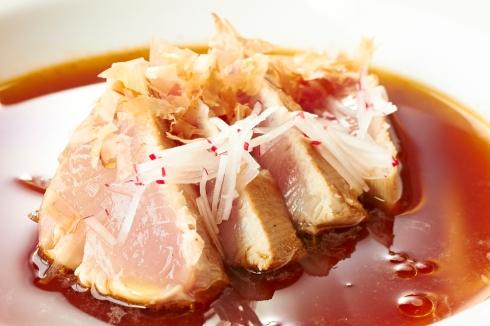 Marmitaki ( tataki de bonito con jugo de marmitako)